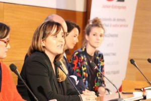 femmes - entreprendre - entrepreneuriat - carrière - top management - cadres - dirigeantes - égalité professionnelle - mixité - réussite - développement - business - accélérateur - empowerment - confiance - leadership - accomplissement -BoostElles - accompagnement - coaching